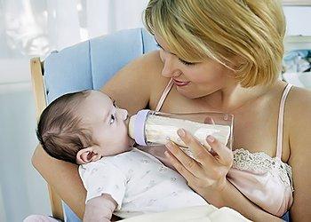 Почему новорожденный часто срыгивает