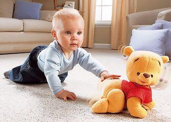 Как быстро научить ребенка ползать