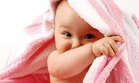 Уход за новорожденной девочкой