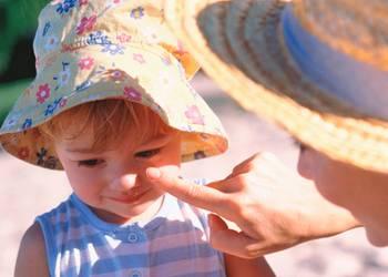 аллергическая крапивница у детей на солнце и другие виды
