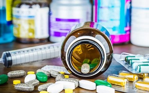 Антибиотики при пиелонефрите: какими препаратами последнего ...