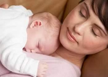 как уложить спать новорожденного, если он не спит ночью, если он не спит