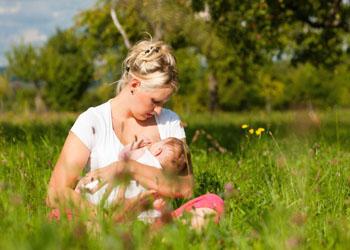 будить ли новорожденного для кормления