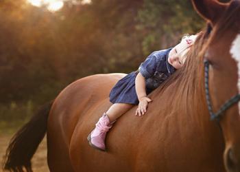 как проявляется аутизм у ребенка